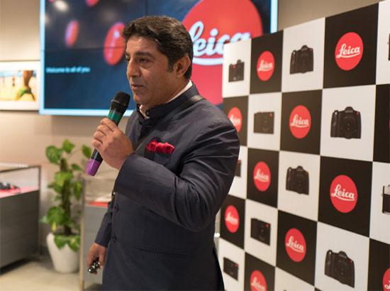 Leica enters India market