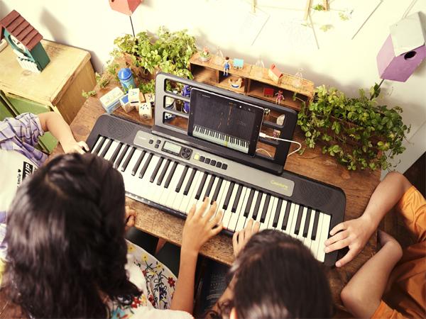 Casio-Lighting-Keyboard